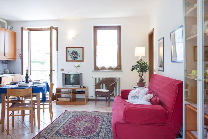 two-rooms relax holiday  Lake Como - Gravedona ed Uniti - Apartamento