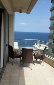 Cosy Studio with Terrace and Sea view - Beyrut - Daire