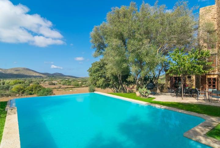 SON XONA - Villa with private pool in CAPDEPERA. Free WiFi