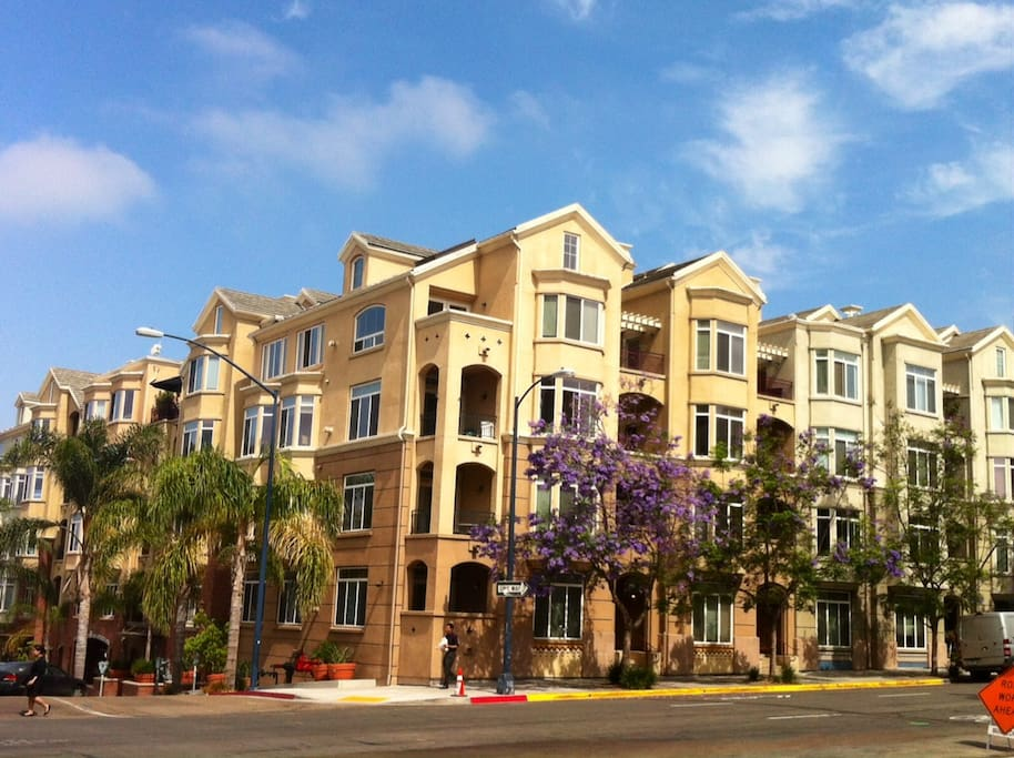 Cozy Condo In The Heart Of Sd Apartments For Rent In San Diego California United States