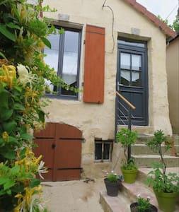 Jolie maison entre Perche et Alpes Mancelles - Mamers