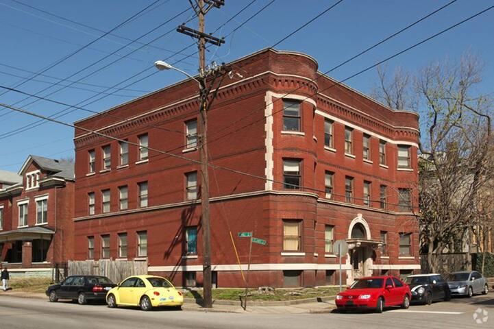 Old Louisville Apartment - Louisville - Apartment