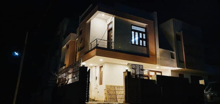 Independent Stylish 3 BHK Villa Near ★Chokhi Dhani