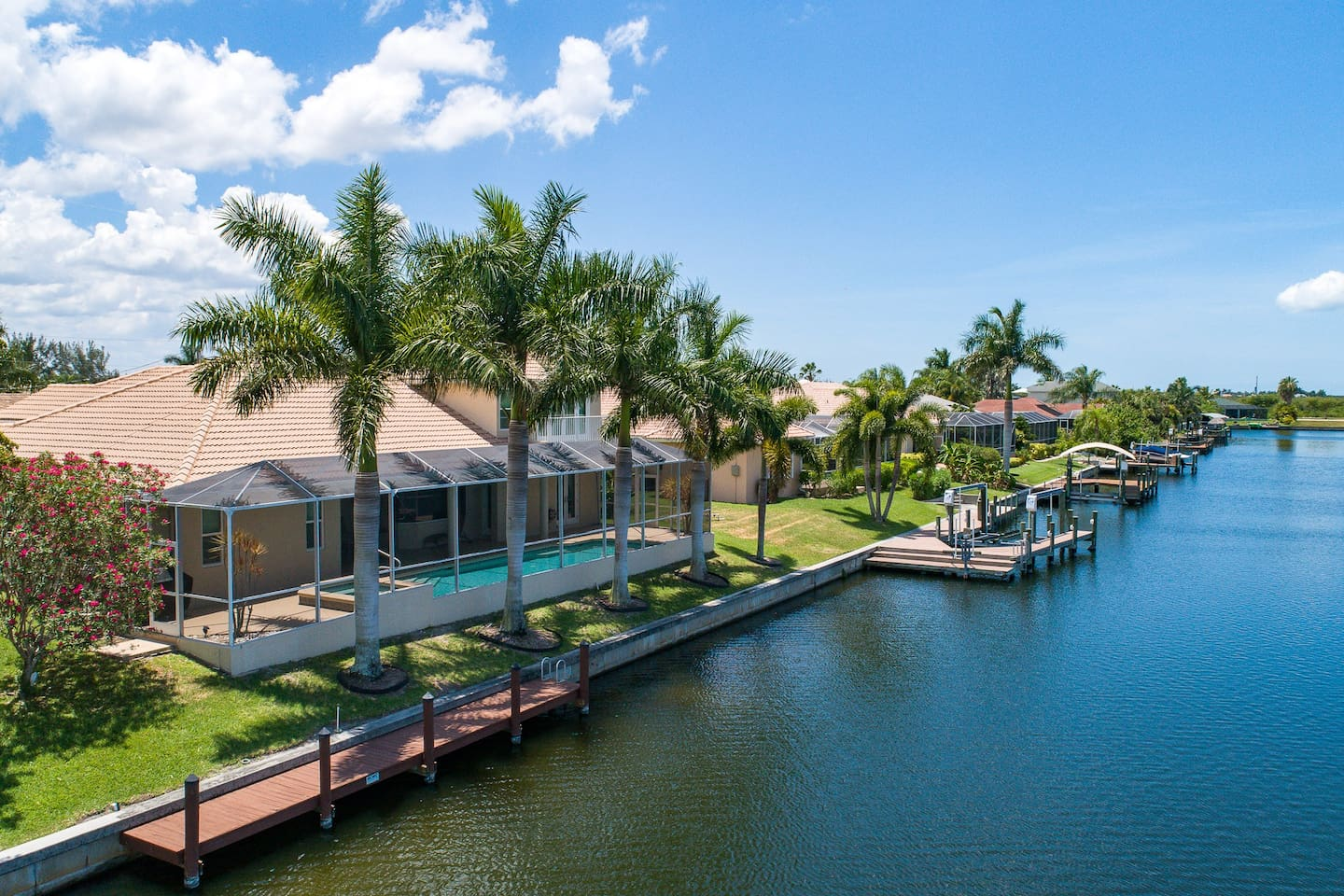 Stunning water views and beautiful intersecting tropical waterways