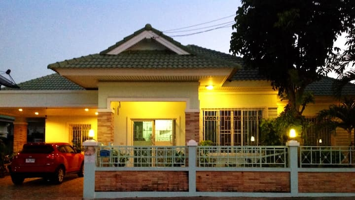 OKI GUEST HOUSE stay warmly for lovely family