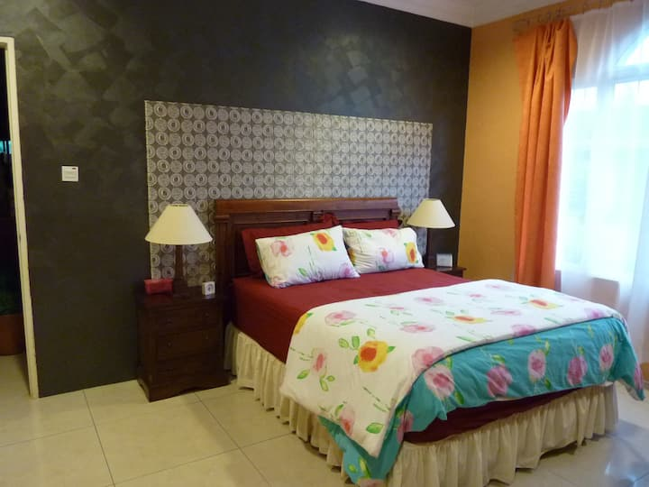 Cosy room for couple with ensuite