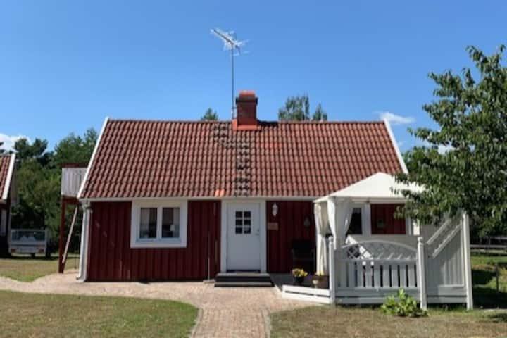 Havsnära stuga i Timmernabben 4 mil norr om Kalmar