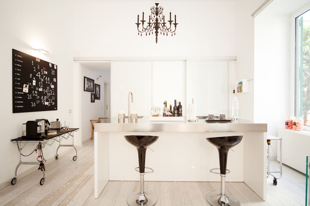 Splendido appartamento su due piani appartamenti in for Piani casa in stile artigiano 4 camere da letto