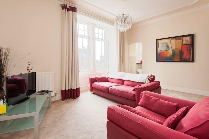 Royal Mile Mansion