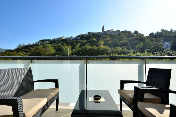 Hotel Fontana - Buzet - Bed & Breakfast