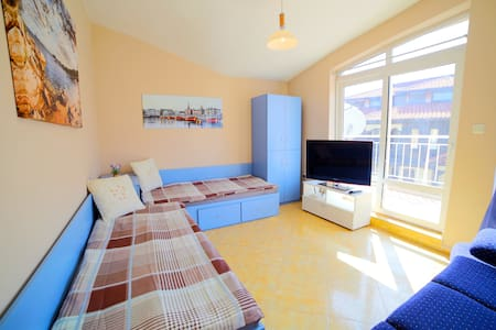 Fantastic Sea View Apartment! Free HDTV + Wi-Fi! - Nessebur - 公寓