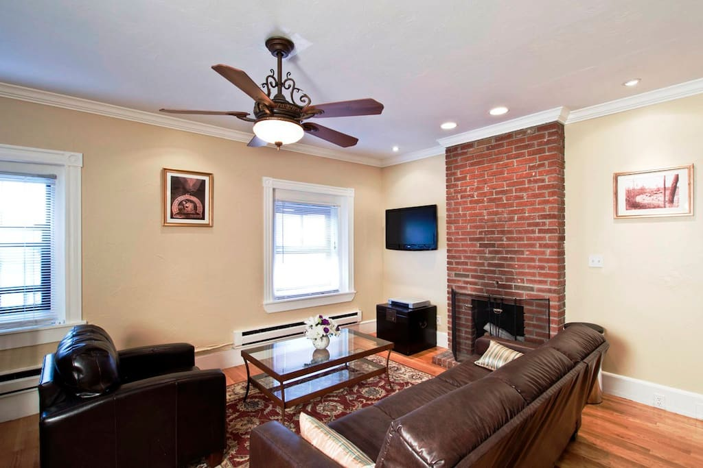 Boston Newbury One Bedroom Suite Apartments For Rent In Boston Massachusetts United States
