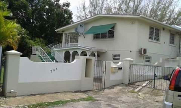 305 ..Sunset villa rental