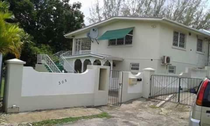 305 ..Sunset villa rental