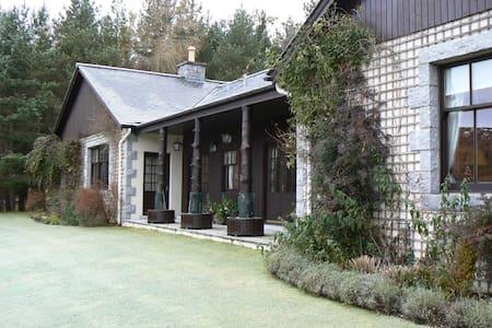 Creag Bhalg, Mar Lodge, nr Braemar - Hus