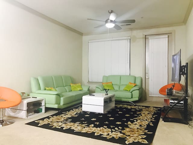 2B/2B with Parking Apartment - Jacksonville - Apartment