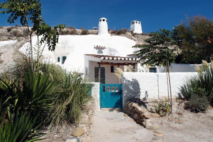 Bonita casa cueva de 4-5 plazas  - Baza - Habitation troglodyte
