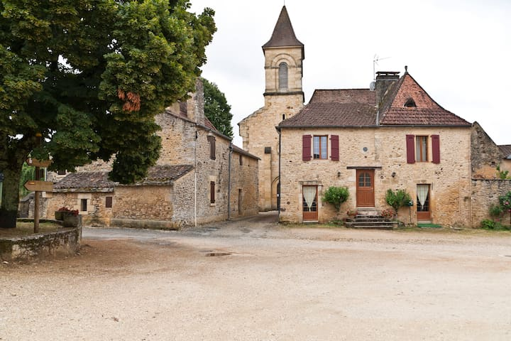 Stone House in Historic Dordogne - Saint-Germain-de-Belvès - House