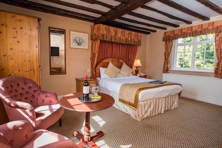 Brook Marston Farm Hotel - Drayton Manor Park