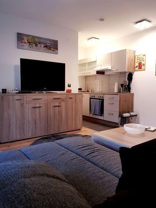 modernes apartment mit garage baden w rttemberg. Black Bedroom Furniture Sets. Home Design Ideas