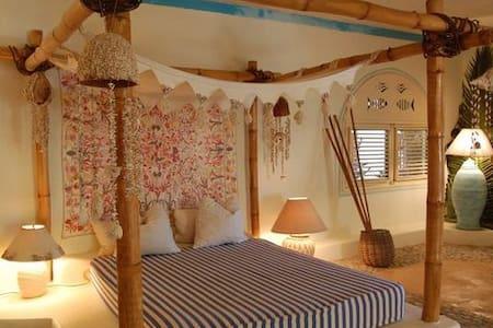 Bahia Chiquita - Sea front guesthouse - Rumah Tamu