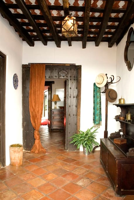 Traditional entrance hall, the zaguan.