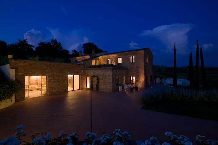 Villa Mozzafiato con Jacuzzi Toscana Montepulciano