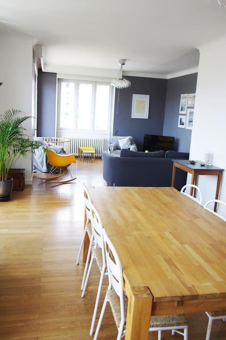 Grande pièce à vivre de 35 m2