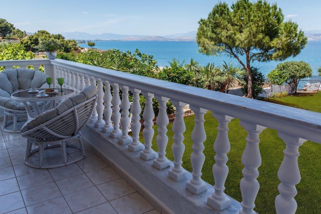 veranda (level 1)
