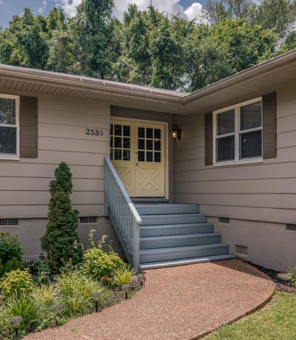 Home is right on the Greenways (access in the backyard), Cumberland River is around the corner, and  it is less than five minutes to bustling Riverside Village's restaurants, pub, and shops.