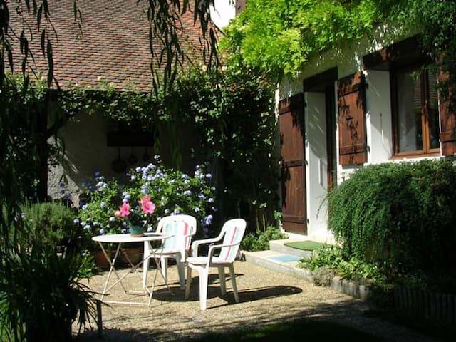 STUDIO location a la semaine unique - Veyrier-du-Lac - Villa