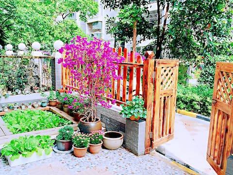 东兴市小院民宿花园两房    可做饭  近金滩