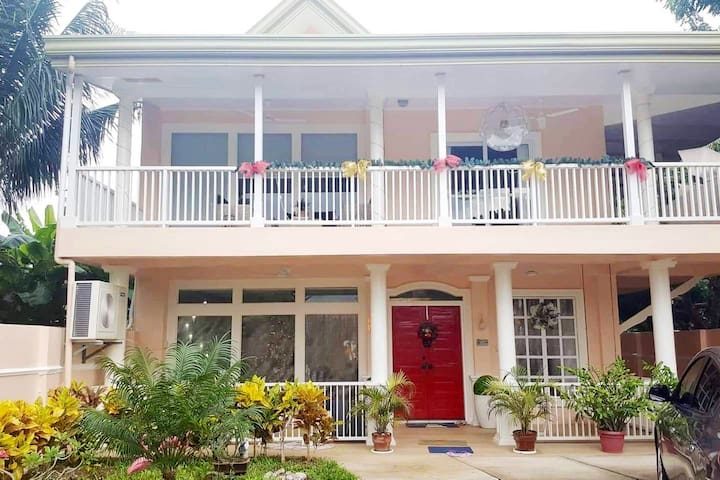 A cozy home away from home in Bantayan Cebu