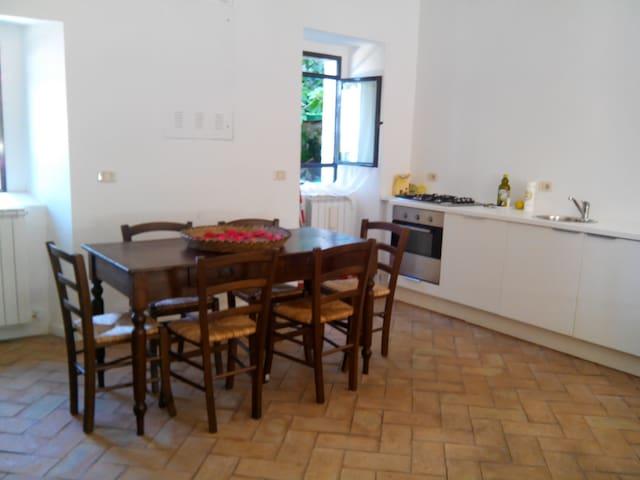 Casa Marietta - Labro - House