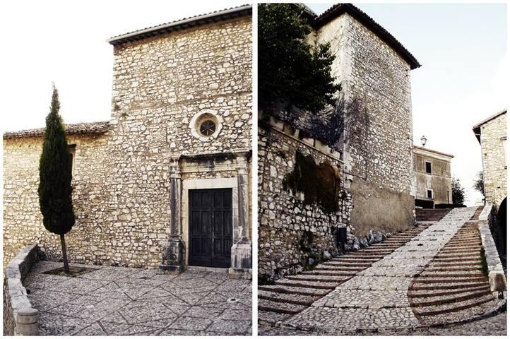 Chiesa e scalinata della chiesa S. Maria Maggiore Labro