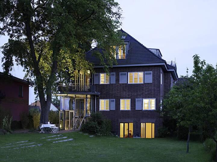 Designer Villa am See / Spa Lounge