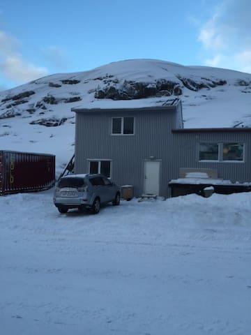 Dejlig to-værelses lejlighed - Nuuk - Lägenhet