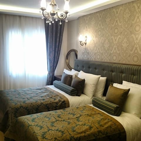 LOVELY ROOM AT THE BEST LOCATİON - Bahçelievler - Apartamento