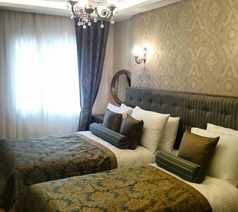 LOVELY ROOM AT THE BEST LOCATİON - Bahçelievler - Apartment