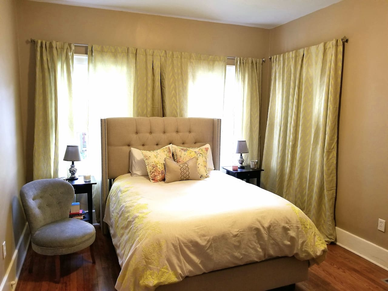 Master Bedroom with double bed and lots of light