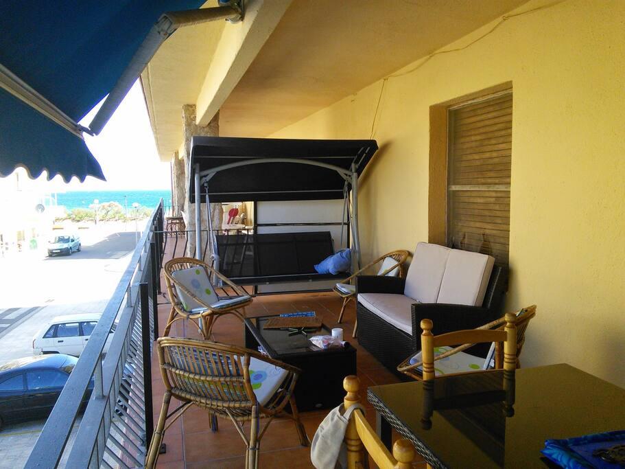 Grande terrasse: coin salon