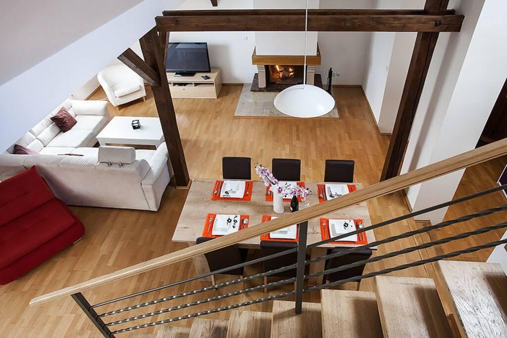 Riverview duplex apartment prague wohnungen zur miete in for Designer apartment prague