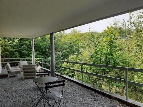 Rochehaut, Bouillon: appartement dans la nature