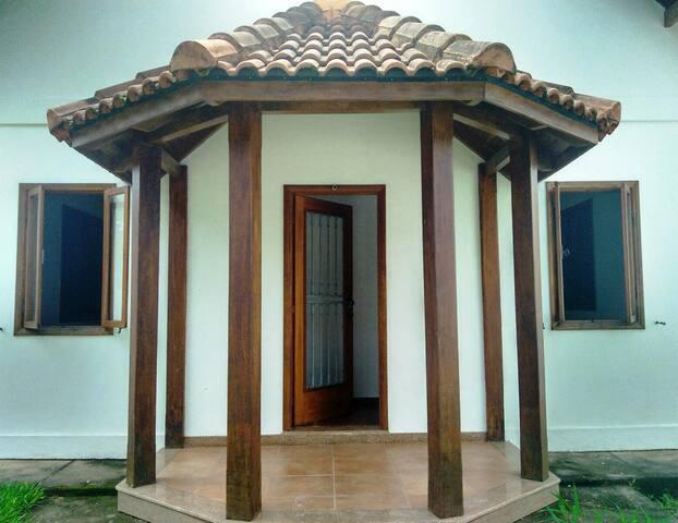 Casa em Ipiabas (Conservatória e Aldeia das Águas)