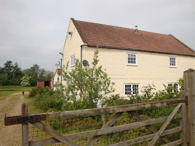 Eau Brink Cottage
