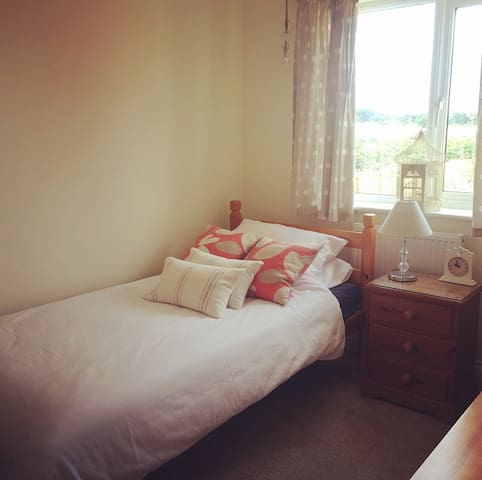 Single room in new home Wells-Next-The-Sea