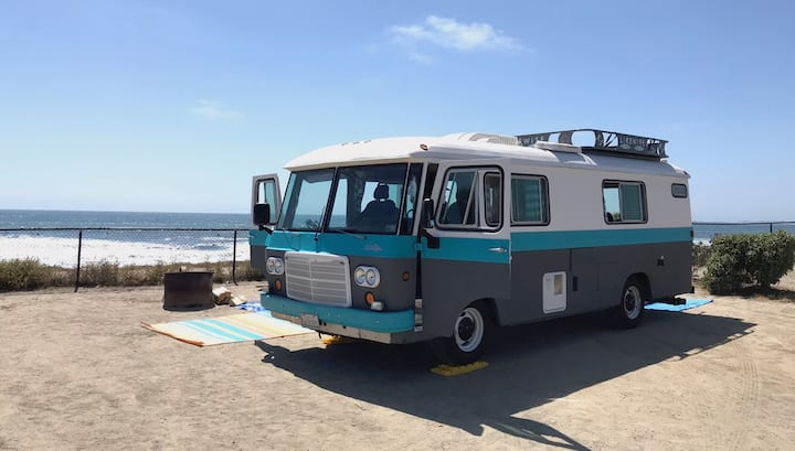 SANDY THE RV IN HB - VINTAGE ON WHEELS BY THE SEA