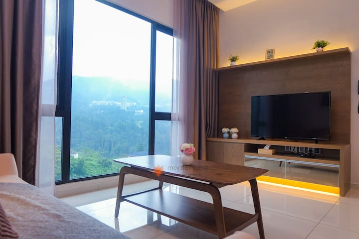 Deluxe 2BR Apartment @Geo38 5mins to GPO/Cable Car