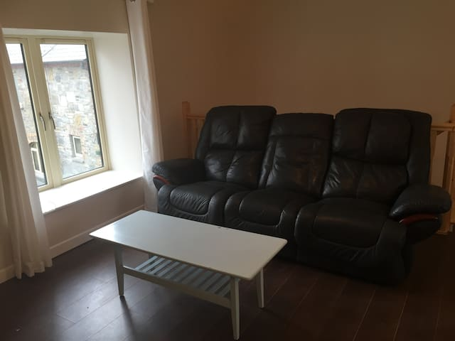 The Stableyard Accommodation #4 - Sligo - Apartemen