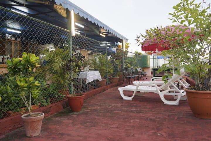 Casa Amigos de Barcelo Room 6 (Cienfuegos)